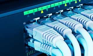 Netzwerkkabel verlegen
